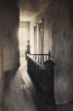 James shook his head and rubbed his eyes again. Clearly he needed more sleep. He definitely didn't just see a young girl standing at the top of the stairs. A cool glass of water, and than back to bed. Foto Transfer, Ghost Pictures, Creepy Pictures, Haunted Places, Haunted Houses, Ghost Hunting, Ghost Stories, Dark Fantasy, Dark Art
