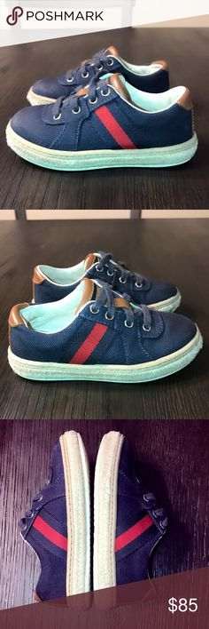 Gucci baby boys signature sneakers tennis shoes 7 Authentic Gucci toddler boys signature sneakers tennis shoes sz 7 Euro 23. Good condition light wear on toe area and have moderate wear on espadrille rims Gucci Shoes Sneakers