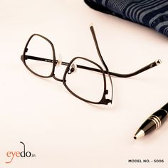 Discover your city through the perfect JimParker frames.  https://www.eyedo.in/catalogsearch/result/?q=5006&cat=  #eyeglasses #fashion #eyewear #trends #frame #ootd #onlineshopping #shop #Meneyeglasses