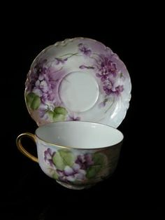 MOST GORGEOUS Signed VIOLETS Limoges Cup & Saucer China Cups And Saucers, Teapots And Cups, Teacups, Purple Tea Cups, Victorian Tea Sets, China Tea Sets, Chinese Tea, China Painting, My Cup Of Tea