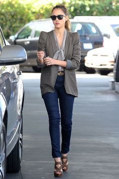 Our November cover star Jessica Alba's chic street style | http://glamour.co.za/2014/10/jessica-alba-s-chic-street-looks/