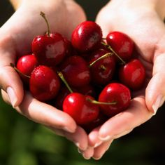 5 Red Foods to Keep Your Heart Healthy - tomatoes, cherries, strawberries, red bell peppers and red grapes.