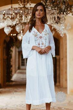 Maxi Dresses Archives - Page 3 of 4 - Rubyyaya Bohemian Gypsy, Gypsy Style, White Maxi, White Dress, Resort Wear For Women, White Shop, Online Clothing Stores, Feminine Style, Flare Skirt