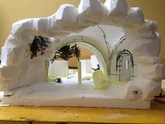 Pin by Isabel Guzman on Nativity Fontanini Nativity, Diy Nativity, Christmas Nativity, Christmas Ornaments, Diy And Crafts, Christmas Crafts, Christmas Decorations, Christmas Village Display, Fairy Garden Houses