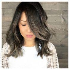Jak wygląda efekt przydymionych włosów?