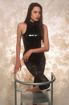 Angelina Jolie when she was 16 years old Some photos of Angelina Jolie when she was only 16 years old were published online lately. At that time she was trying to become a model. Photos were conducted in 1991 by Sean McCall. The actress has won two Oscars and since then is one of the […]