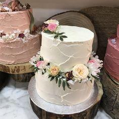 tarta de buttercream corona flores