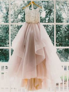 Gorgeous A-line Long Tulle Prom Dress Wedding Dress with Open Back