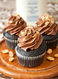 Chocolate Peanut Butter Cupcakes by Tide and Thyme