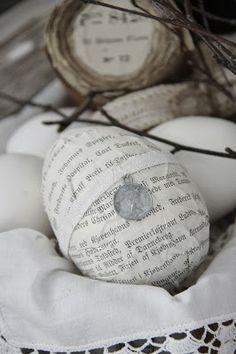 Easter egg from Jeanne D'Arc Living