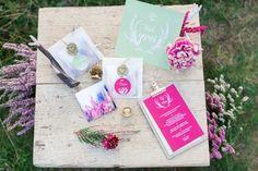 #Hochzeitseinladungen in pink und hellgrün