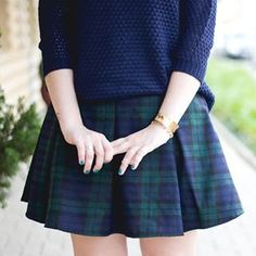 Did you see my outfit on my blog (link in the bio) ✨ • Já viram esse look no blog? O link tá na bio e hoje vai ter post novo ✨ #xadrez #saia #skirt