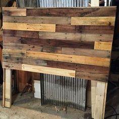 Diy Pallet Sofa, Wood Pallet Furniture, Diy Pallet Projects, Wood Pallets, Diy Furniture, Pallet Wood, Pallet Headboards, Pallet Ideas, Rustic Furniture