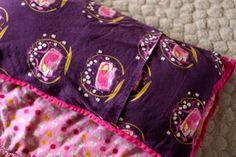 DIY Nap Mat / Bed Roll Part 2 | Pretty Prudent