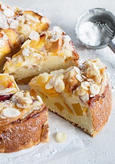 Peach Ricotta Cake - A wonderfully moist cake, this Peach Ricotta is full of peaches and made without oil or butter. Lightly sweet, it's perfect to enjoy any time of day. Ricotta Dessert, Dessert Crepes, Ricotta Cake, Funnel Cakes, Peach Cake Recipes, Sweet Recipes, Cupcakes, Cupcake Cakes, Fruit Cakes
