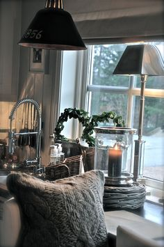 Beautiful kitchens, beautiful homes, cozy cottage, cozy house, family room decorati Greige, Bedroom Floor Plans, Beautiful Interior Design, Gray Interior, Cozy House, Cozy Cottage, Beautiful Kitchens, Beautiful Homes, Home And Deco