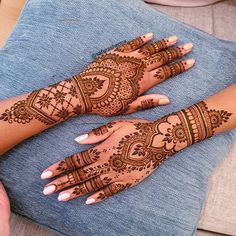 Henna Hand Designs, Tribal Henna Designs, Pretty Henna Designs, Modern Henna Designs, Indian Henna Designs, Henna Tattoo Designs Simple, Mehndi Designs For Girls, Wedding Mehndi Designs, Best Mehndi Designs