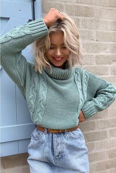 Laura jade light green cropped cable knit jumper , – The Best Ideas Knitted Jumper Outfit, Pullover Outfit, Cable Knit Jumper, Sweater Outfits, Casual Fall Outfits, Winter Fashion Outfits, Look Fashion, Trendy Outfits, Cool Outfits