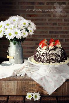 Kanela y Limón: Tarta de bizcocho de yogur / Recetas para el día de la madre
