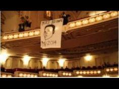 Demonstrators 'disrupt' STL symphony singing a 'Requiem for Mike Brown'