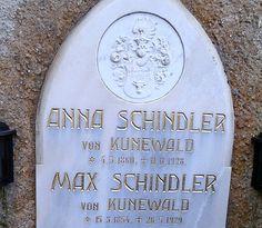 Grabstein der Familie Schindler von Kunewald in Pirk/Krumpendorf Anna, History, Historia
