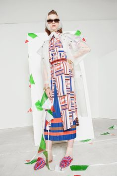 See the complete Stella Jean Resort 2017 collection.