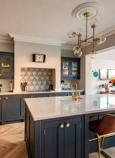 Open Plan Kitchen Dining Living, Open Plan Kitchen Diner, Living Room Kitchen, Home Decor Kitchen, Kitchen Interior, Home Kitchens, Kitchen Design, Home Decor Uk, Interior Modern