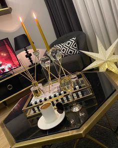 Story London, Coffee Tray, Story Instagram, Tea Time, Birthday Candles, Starbucks, Girly, Photos, Luxury