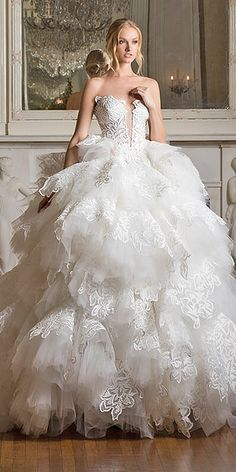 Pnina Tornai Wedding Dresses Dimensions 2017 Collection ❤ ball gown ruffles with sweetheart and strapless pnina tornai wedding dresses Full gallery: balldresses Wedding Dress Organza, Dream Wedding Dresses, Bridal Dresses, Wedding Gowns, Pinina Tornai Wedding Dresses, Pnina Tornai, Dress Vestidos, Glamorous Wedding, Gothic Wedding