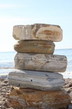 Rocks on Rocks on Rocks (; Symmetrical Rock Stacking ?