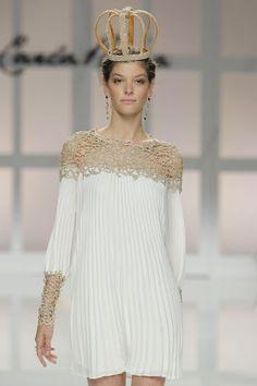 Vestidos y faldas plisadas para novias. ¡Porque las modas siempre vuelven! Image: 12