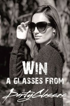 Fashion Giveaways: Um Blog Fashion: Win Glasses from PartyGlasses