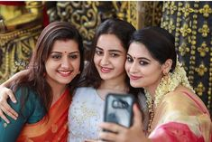 Malayalam Actress, Selfie Time, Bridesmaid Dresses, Wedding Dresses, Indian Beauty, Sari, Actresses, Photography, Instagram