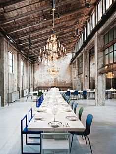 Under the artistic direction of owner Tanja Solci, an old sawmill was dramatically transformed into this locale, under head chef Carlo Cracco. Despite the fact that the place has captured the heart of the young creative scene, the prices have stayed moderate. A single white table in the shape of a cross, antique crystal chandeliers, porcelain from Richard Ginori, chairs by Cappellini: It's just like being in a Caravaggio painting. Restaurant manager Nicola Fanti recommends cuts from the ...