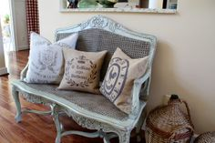 Savvy Southern Style: French Bench