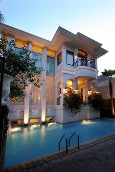 Stunning home and pool! www.findinghomesinlasvegas.com. Keller Williams Las Vegas & Henderson, NV.