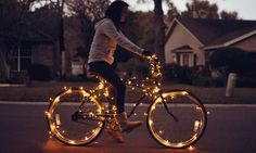 Pimp your bike Be Light, Light Works, Lamp Light, Holiday Lights, Christmas Lights, Christmas Time, Merry Christmas, Christmas Feeling, Beach Christmas