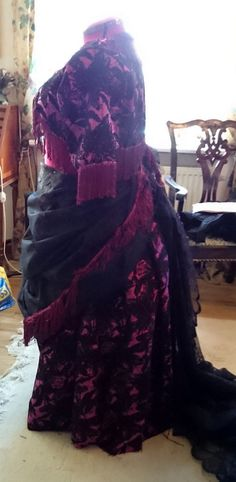 Test of the overskirt.