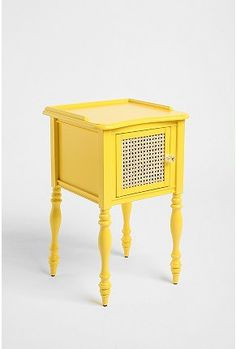 This would look great in my bedroom - colors are black, gray, white and yellow