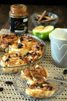 #Receta de Rollitos de hojaldre rellenos de manzana, pasas y dulce de leche.