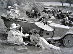 .vintage ladies and car