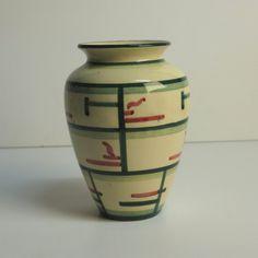Sehr seltene Keramikvase. Majolika Karlsruhe Rüppurr. 1930 - 1940.
