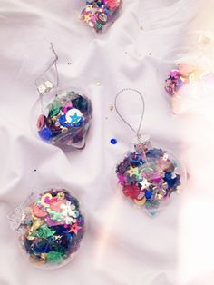 DIY Christmas Decorations. Something fun to do with shay this year.