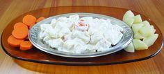 Deliciosa receita de molho de alho para saladas e carnes. Com a adição de creme de leite, esta receita de molho de alho fica leve e extremamente saborosa.
