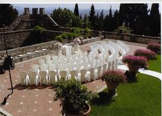 Castello di Vincigliata | A stunning privately owned castle for beautiful weddings, receptions, ceremonies and events in Florence, Tuscany, Italy #luxuryweddingplanning