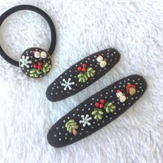 Baby Embroidery, Embroidery Works, Learn Embroidery, Embroidery Jewelry, Felt Hair Accessories, Handmade Accessories, Fabric Earrings, Fabric Jewelry, Felt Ornaments Patterns