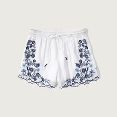 Abercrombie & Fitch Embroidered Soft Shorts ($40) ❤ liked on Polyvore featuring shorts, white, white shorts, white scalloped shorts, embroidered shorts, scallop hem shorts and drapey shorts