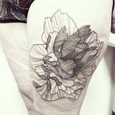 Wild Flower !! Done @iconebodyart ! #wildstyleflower #wildflower #flowerstattoo  #fleur #tatouagedefleur #tatoueur #tattooer #tattooer #tattooartist #tattooart #tattoodesign #artistetatoueur #inkedbyguet #design #dotwork #dotworker #dotworktattoo #designtattoo #guet #graphism #graphictattoo #blackwork #blacktattoo #blackworker #blacktattooart #sorrymummytattoo #iconebodyart #ravenink #frenchytattoo #tattrx #tttism
