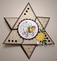 The Kraft Journal hosted by KraftOutlet.com: Watch Us Wednesday with Tracy MacDonald: Triangle Star Card Tutorial