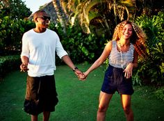 Beyonce & Jay-Z! She shared this on her brand new Tumblr! http://eonli.ne/HkE6NB